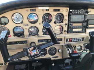 wir werden jetzt fliegen mit dem Flugzeug nach einem Flugplan Friedrich Howanietz